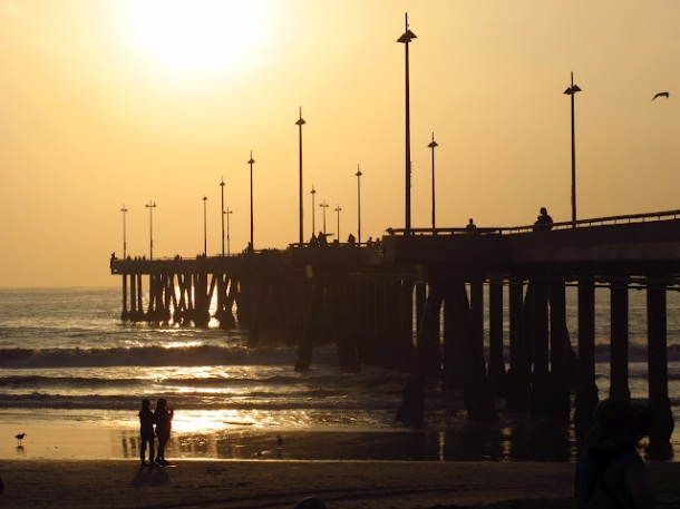 California-Venice-Beach-pier-sunset