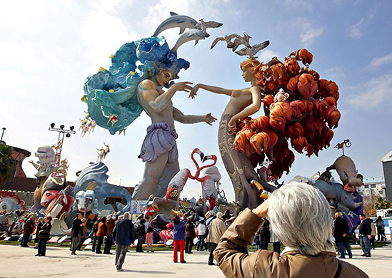 Fallas-sculptures-2012-Valencia