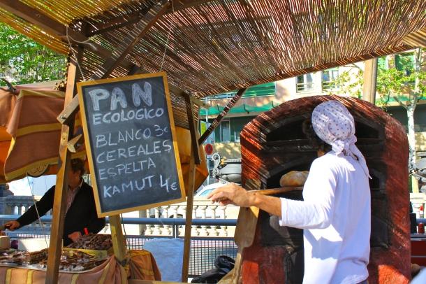 Barcelona-street-fair-market