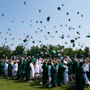10 Tips for New College Grads From a 2011Graduate