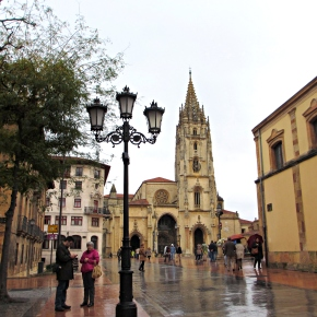 Oviedo: My Life is Turning Into 'Vicky Cristina Barcelona'
