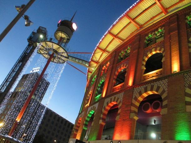 Barcelona-Christmas-lights-Las-Arenas-2012