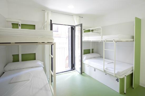 sant-jordi-gracia-hostel
